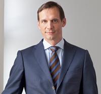 Frank Schönert - Unternehmensfinanzierung